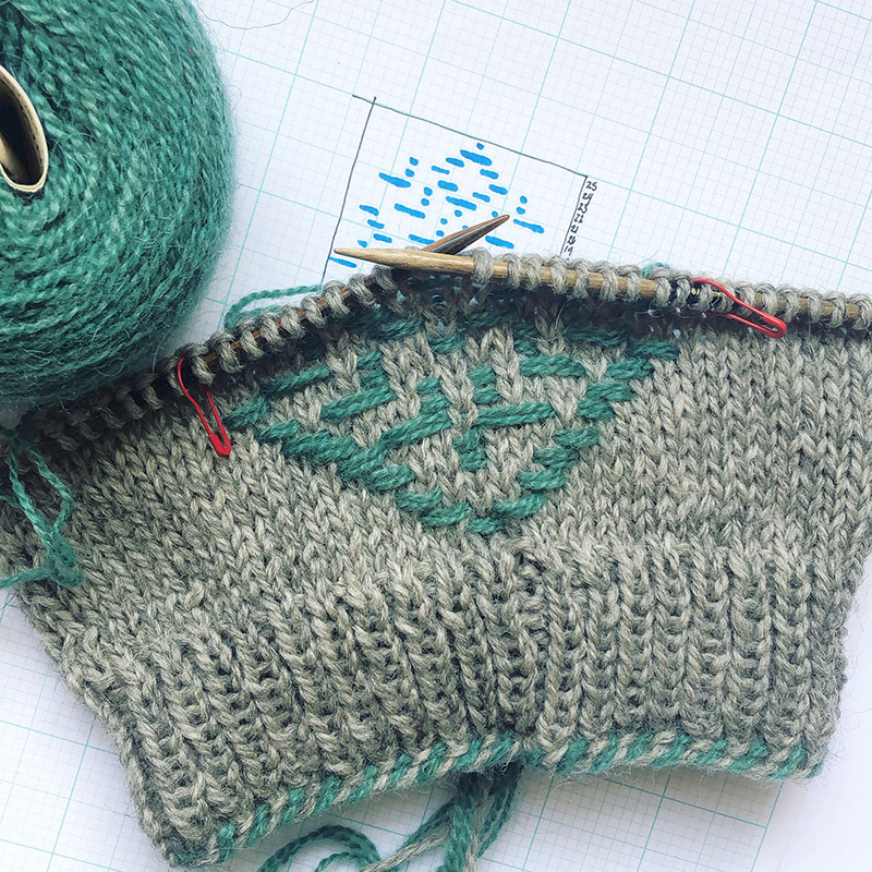 Aleks-Byrd-Roosimine-Workshop-Elupuu-Hat-Pattern-Barcelona-Knits-web-square