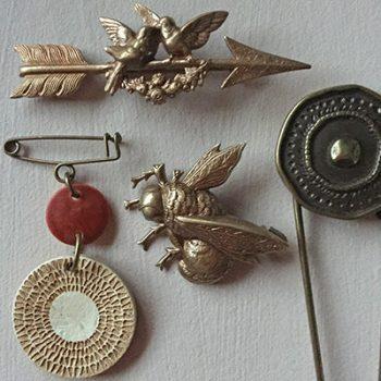 Pins-&-brooches-TextileGarden-bcnknits
